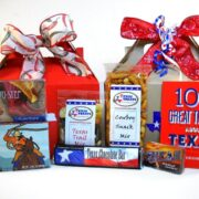Hello Texas Food and Souvenir Gift Set Medium
